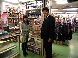 日本観光通訳協会理事の高宮暖子さんご来店